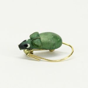 Vintage Tiny Green Mouse Pin